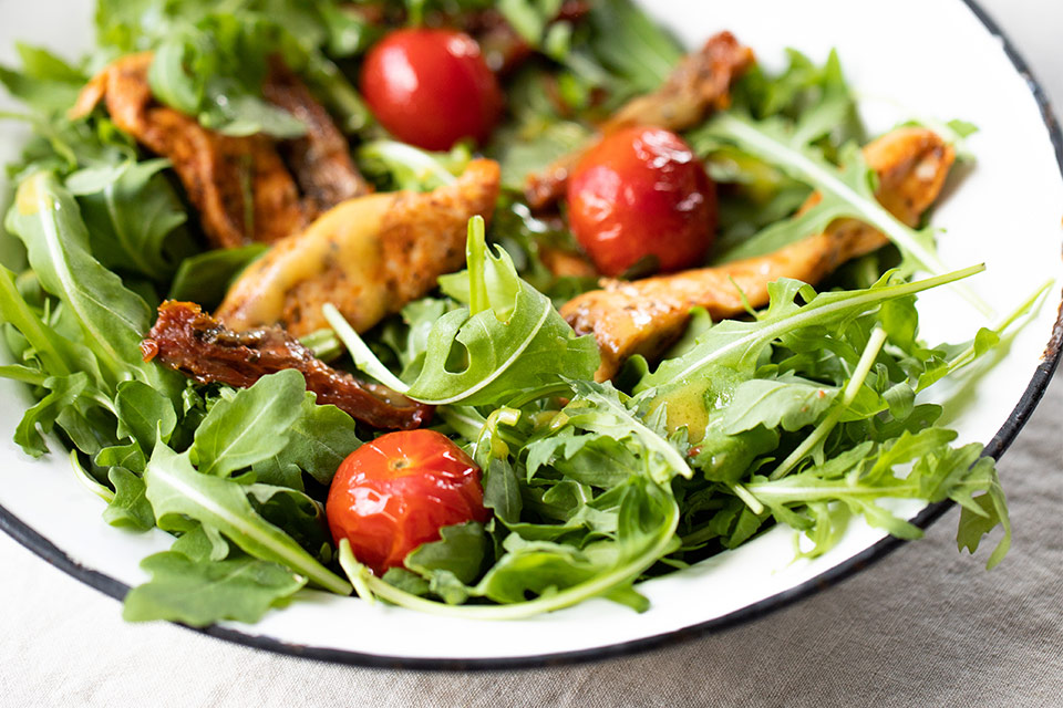 Chicken and arugula salad recipe