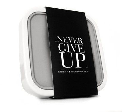 """Never Give Up"" Cargo Bag, Black + GoEat Salad Box (for free)"